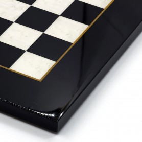 Scacchiera intarsiata radica di olmo avorio/bianco e nera