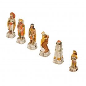 Scacchi Spagnoli contro Incas in alabastro e resina dipinti a mano