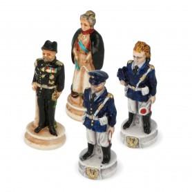 Scacchi Carabinieri Alta Uniforme e Polizia di Stato in alabastro e resina dipinti a mano