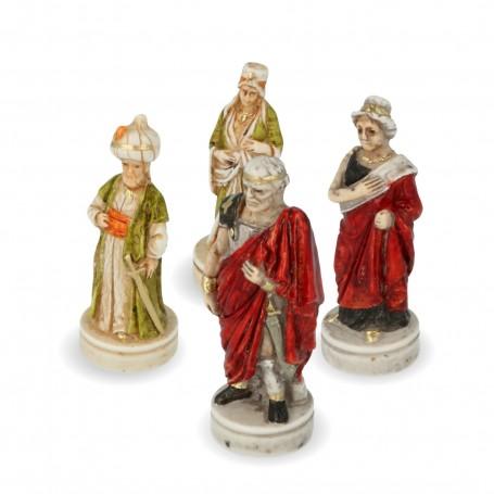Scacchi Alessandro Magno in alabastro e resina dipinti a mano