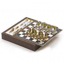 Chess Set completo di Scacchi I Vichinghi in Alabastro e resina dipinti a mano e Box contenitore in legno