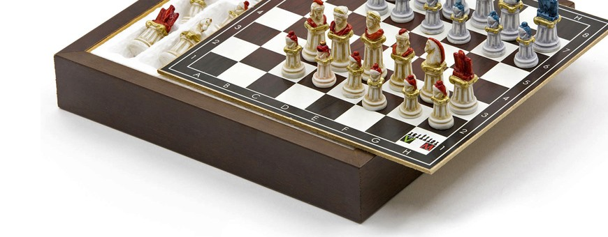 Chess Set in Legno e Alabastro Pitturato